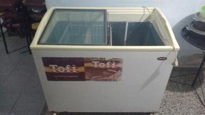 Freezer; exhibidor de helados