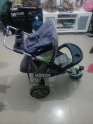 Vendo coche de bebé en buen estado