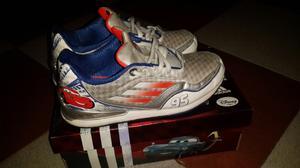 Zapatillas ADIDAS niño N°35 CARS