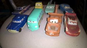 8 Autitos de CARS