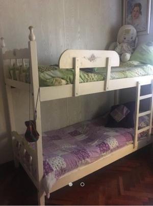 Cama cucheta (2 camas + carrito)