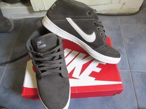 Vendo zapatillas Nike Hombre Talle 43