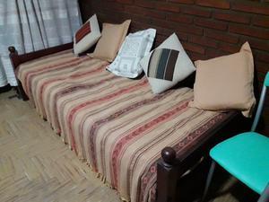 Cama algarrobo 1 plaza con colchón y cajoneras