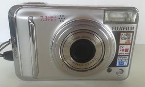 Cámara Digital Fujifilm A700 con estuche y memoria