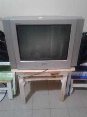tv hitachi 21""