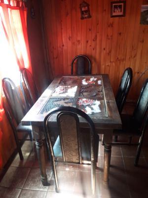 venta de mesa y silla en buen estado