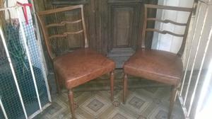 2 sillas de estilo muy buen estado