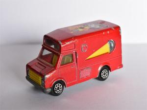 Camioneta Fourgón Majorette Rojo Made In Francia Escala