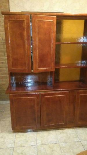 Mueble de roble