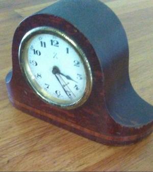 Reloj aleman a cuerda funcionando