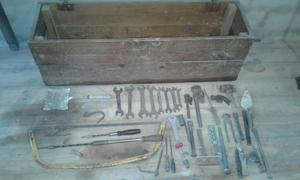 lote de herramientas, cajas y baul