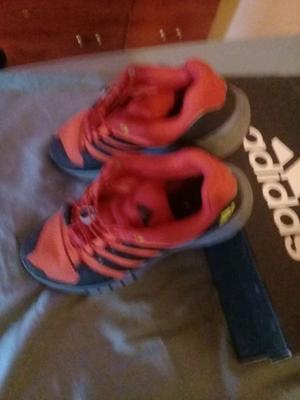 zapatillas adidas y zapatos nuevos.