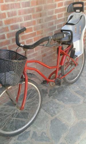 bicicleta de mujer con sillita para niños