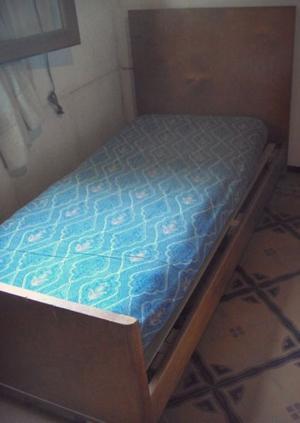 2 camas de una plaza. C/colchón