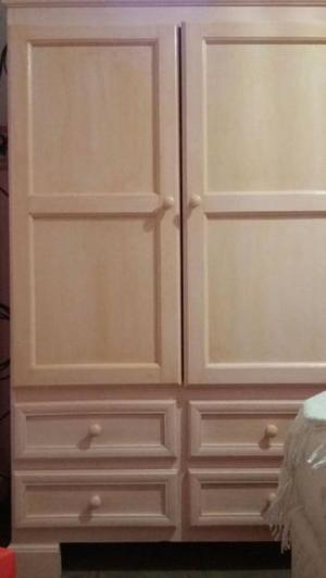 Juego de muebles de pino color rosa bebé