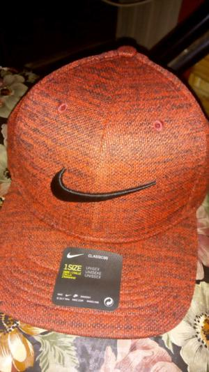 Vendo Gorra Nueva Nike Original sin uso