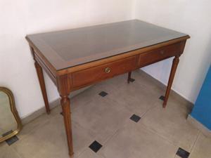 Escritorio o mesa de arrime antigua