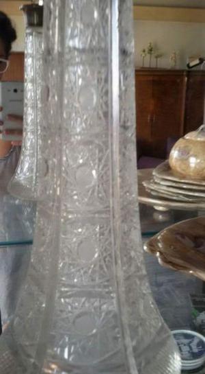 Jarra de cristal labrado