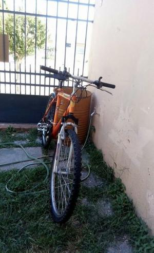 Bicicleta GT Rodado 26 usada, en buen estado - Tel.
