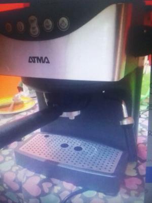 Cafetera Atma Express digital Cax con espumador