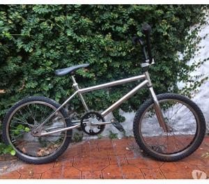 Vendo bicicleta BMX GT Dyno