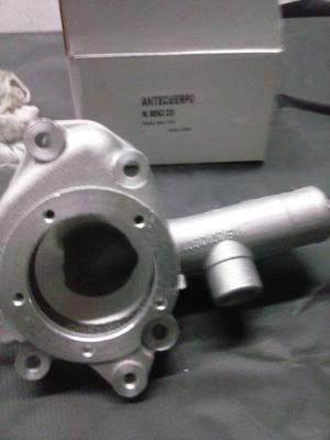 Antecuerpo de bomba de agua -Mercedes benz 230