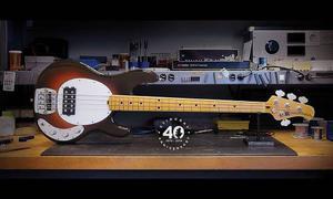 Bajo Musicman 4 C Stingray Old Smoothie Le 40anniv Usa Im Of
