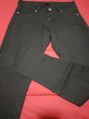 Jeans negro elastizado