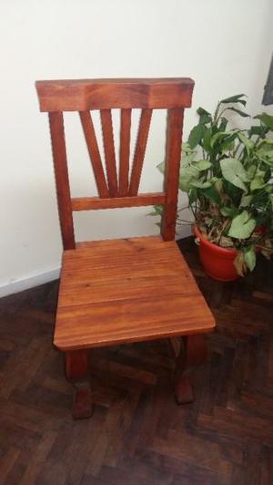 Juego de mesa  y 6 sillas de pino caoba