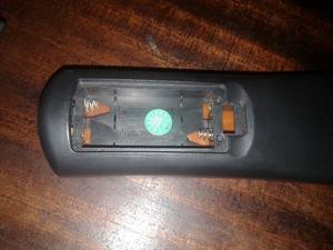 Vendo control remoto original kworld