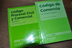 vendo dos libros de Derecho en muy buen estado