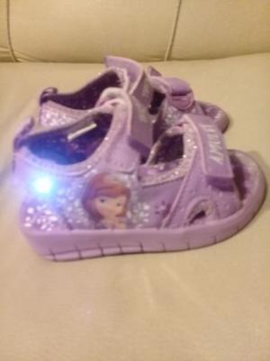 Vendo sandalias con luces