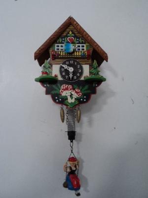 Antiguo Mini Reloj Pared Casa Alpina Para Reparar O Repuesto