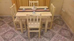 Mesa de 1.20x0.70 y 4 sillas!