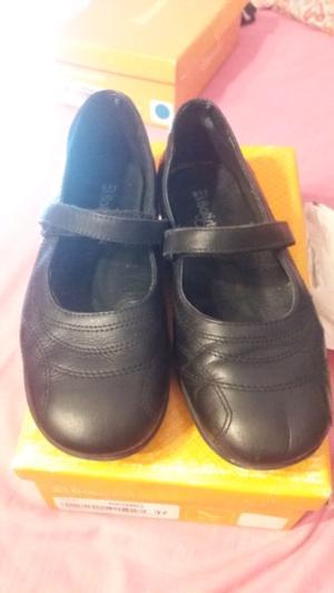 Zapatos de colegio mujer talle 37