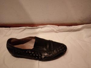 Zapatos de cuero tipo mocasines talle 37 muy cómodos