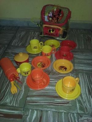 Set de platos y vasos