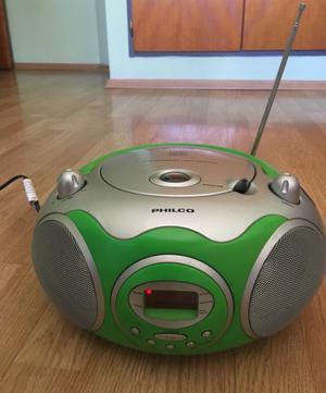 Reproductor de CD portátil y radio AM/FM
