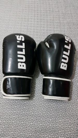 Guantes de Boxeo BULL'S.