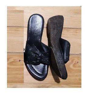 Hermosas sandalias de cuero. Numero 37. Impecables!!