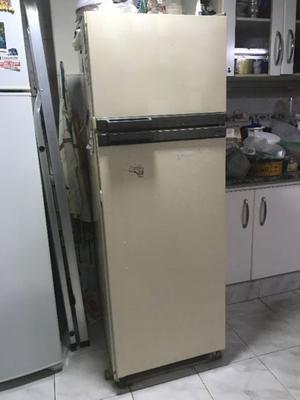 Heladera Phillips a reparar. Freezer OK