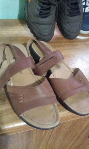Sandalias mujer cuero marrón