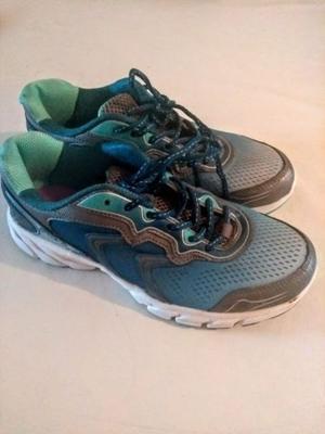 Zapatillas deportivas FILA mujer N°39 - nuevas sin uso