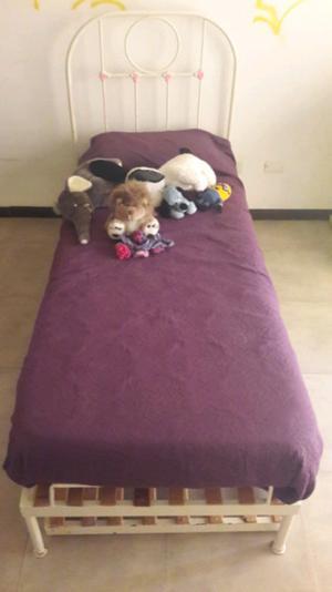 Cama dw 1 Plaza de Hierro forjado con cama marinera