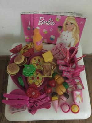 Vendo comida y vajilla Barbie!!