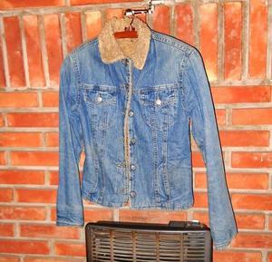 Campera de jean con corderito mujer entallada Talle 1