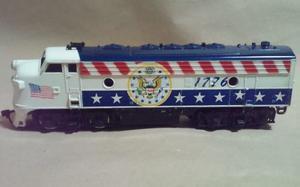 Lifelike Locomotora Diesel Bicentenial  Ho Muy Buena !