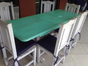 Mesa de algarrobo extensible con 6 sillas