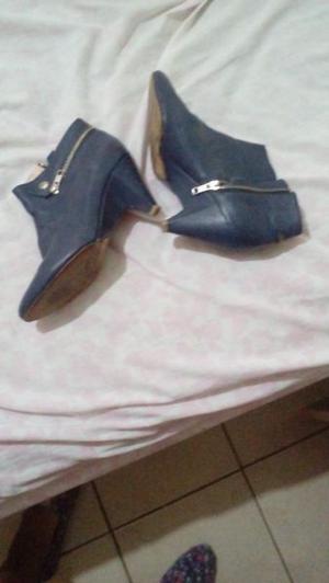 Vendo botas a 400 nuevas