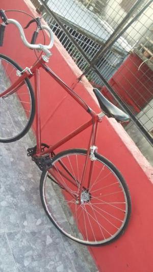 2 Bici de Carrera y Playera Rod. 24